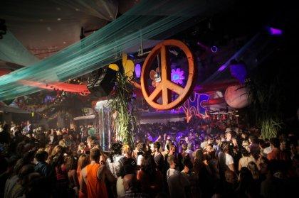 Flower Power by Pacha Ibiza is back -Clubbingtv.com